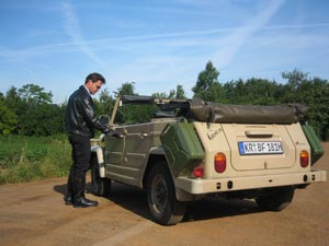 Frank Boese with VW181 the thing - Touring